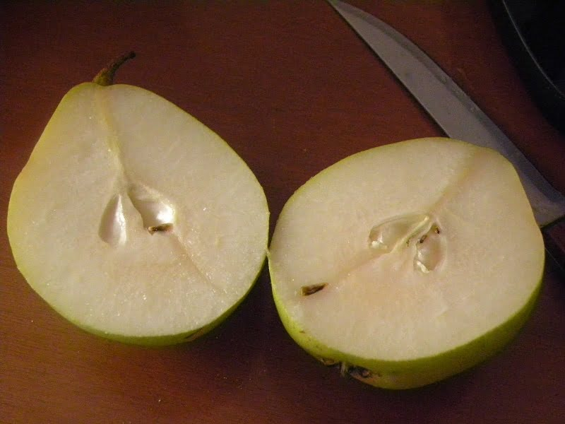 Pears cut image