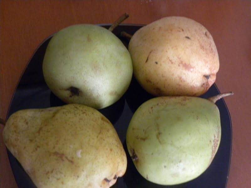 highland and voutyrou pears image
