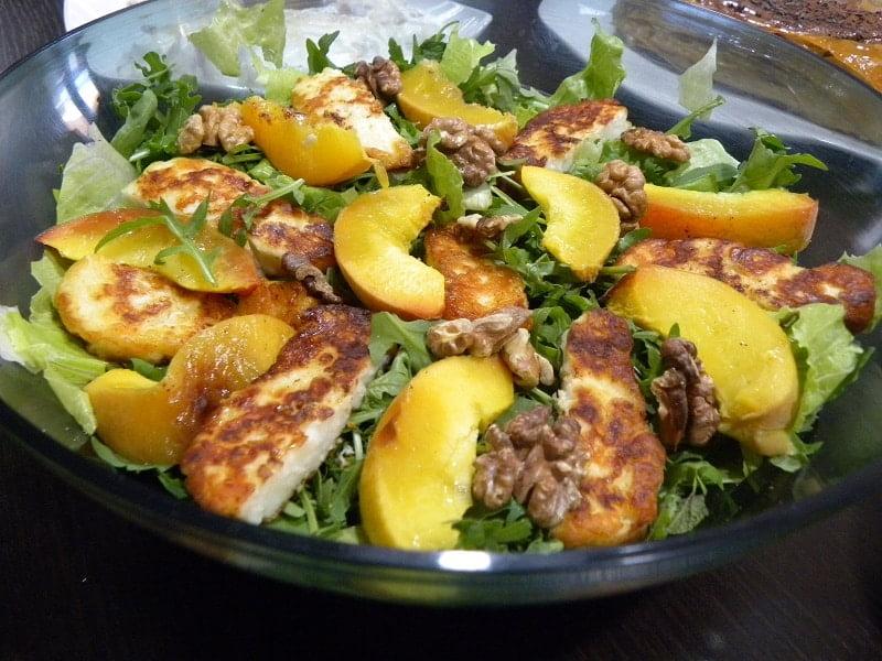 Rocket peach and halloumi salad image
