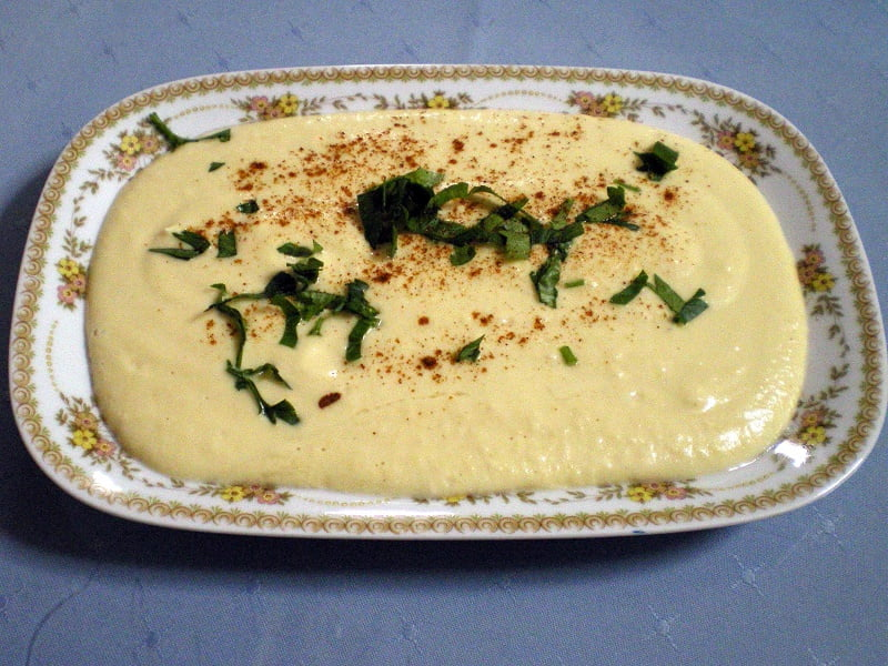 Hummus in a small platter image