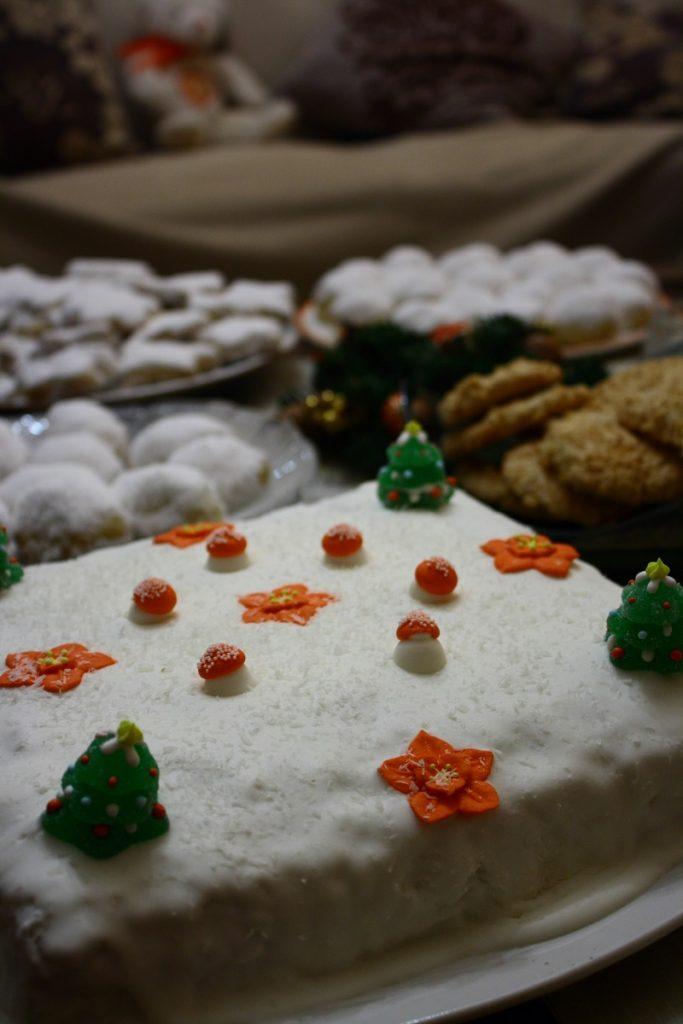 Christmas desserts photo