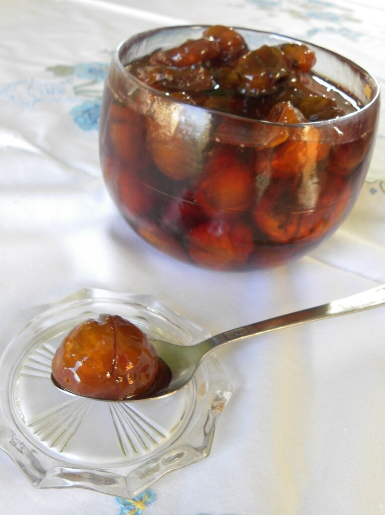 Honey candied chestnuts image