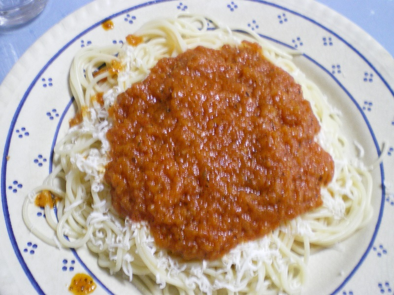 Greek spaghetti with meat sauce image