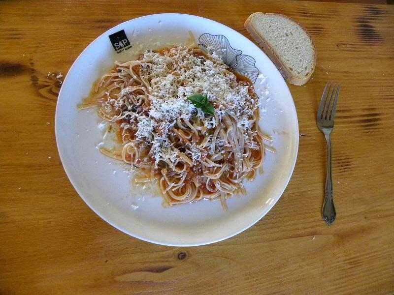 Makaronia Linguine with dinkel and mushroom sauce image