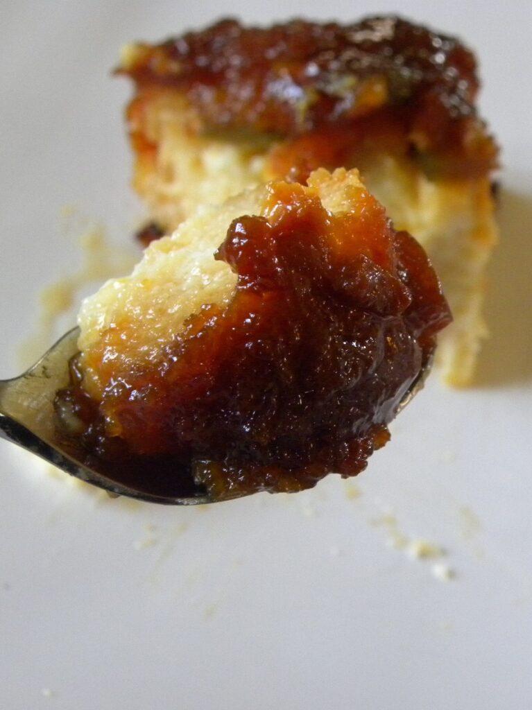 caramel bread pudding image